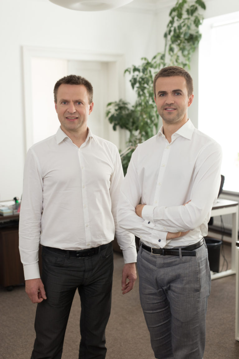 DoFinance co-founders Janis Kulikovskis & Viesturs Kulikovskis
